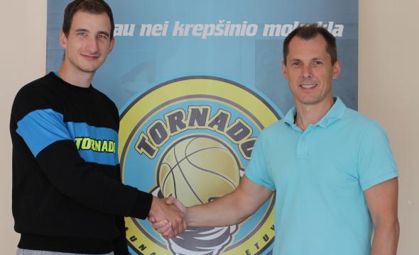"""Aidas Kuzminskas naujasis """"Tornado"""" krepšinio mokyklos treneris"""