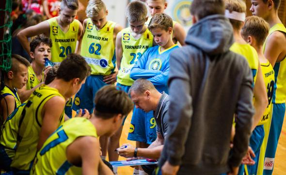 Devyniomis rungtynėmis pradėta pirmoji Moksleivių krepšinio lygos savaitė